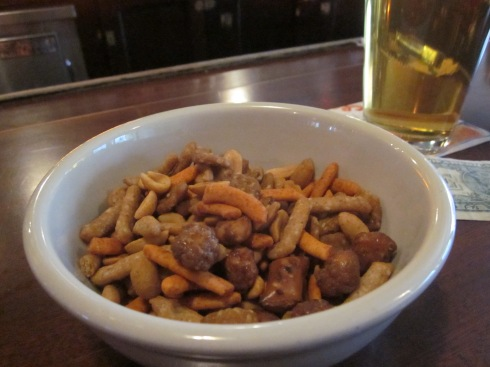 Spaten and nuts